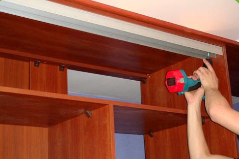 Из чего сделать двери шкаф купе своими руками